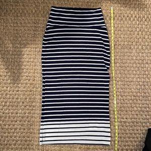 Athleta Maxi side slit Skirt navy/Wht stripe sz S